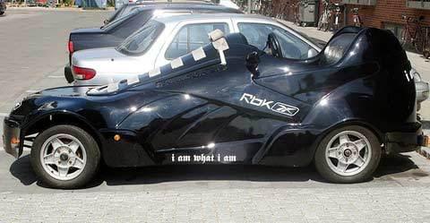 מכונית בצורת נעל